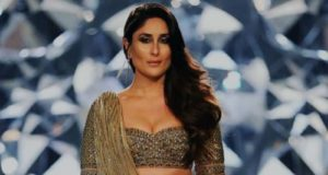 Kareena Kapoor Khan in golden Falguni Shane Peacock lehenga at India Couture Week 2018